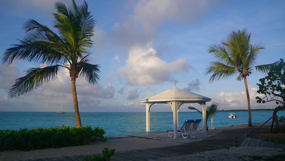 bahamas-487782_960_720.jpg