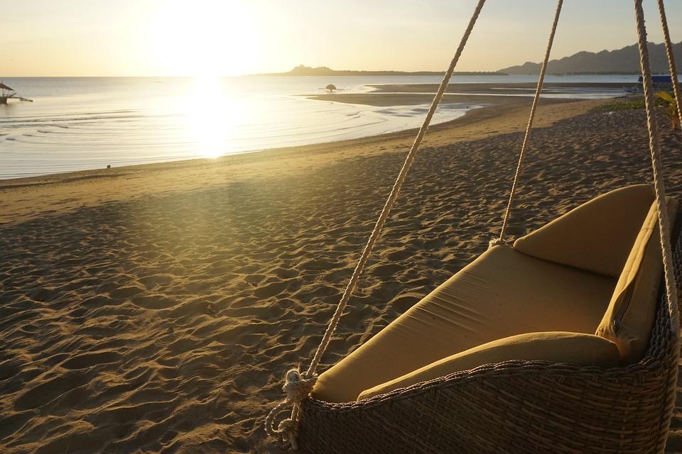 beach-1556580_960_720.jpg