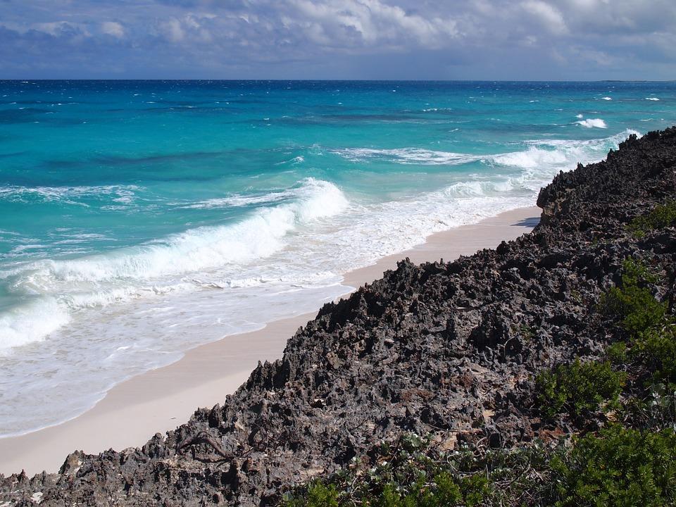 bahamas-707303_960_720.jpg