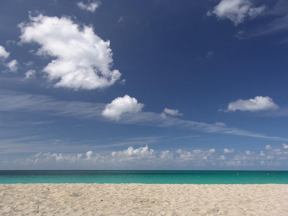 beach-1029012_960_720.jpg