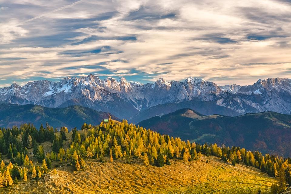 mountain-1244132_960_720.jpg
