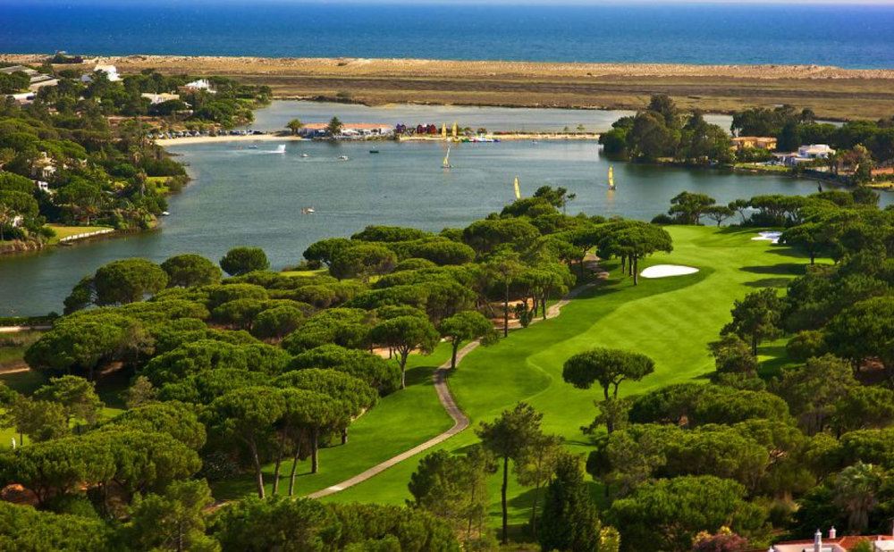Quinta do Lago South Course has played host to the Portuguese Open 8 times. Designed in 1974 by William Mitchell, who raised the bar by introducing American-standard greens, tees and bunkers to the Algarve, it soon gained a reputation as one of the foremost courses in Europe and remains to this day one of the flagship European Tour Courses. The favorite course of many European tour players, it's set amongst umbrella pines, lakes and wild flowers, overlooking the spectacular scenery of the Ria Formosa National Park.