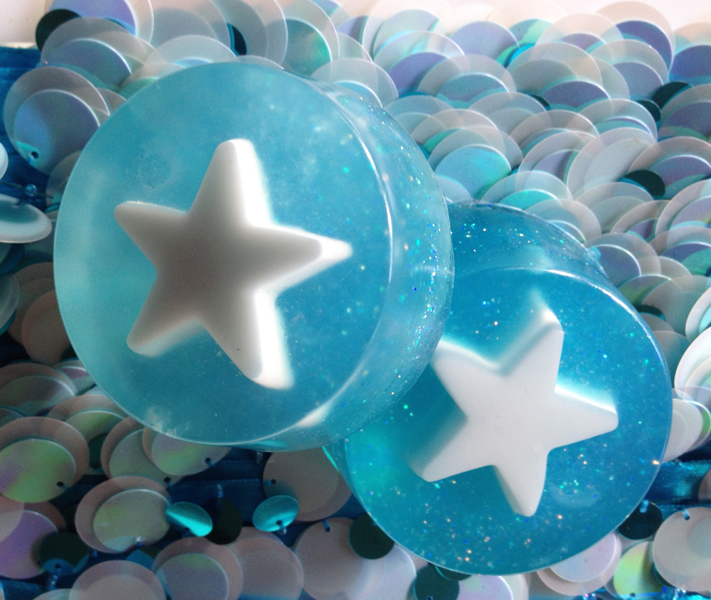 Glitter star soaps made on the m&p glycerine soap course