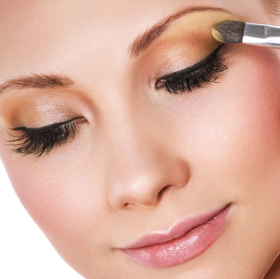 natural illumination with mineral makeup