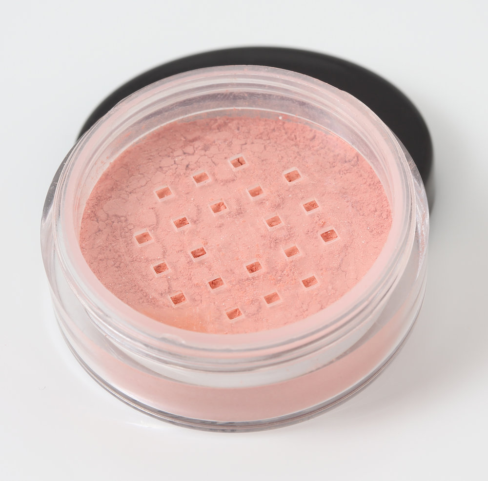 Peachy natural mineral blusher
