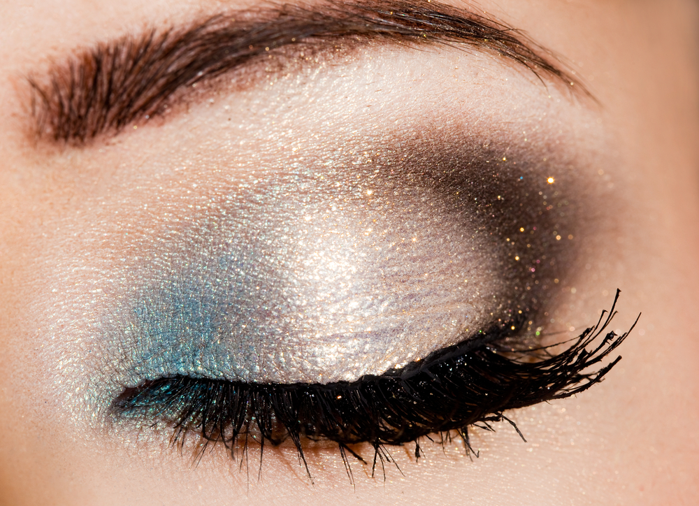 Smoky eye mineral eye shadow