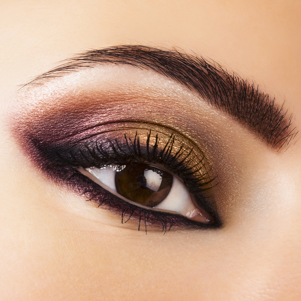 Bold but natural eye shadow making class