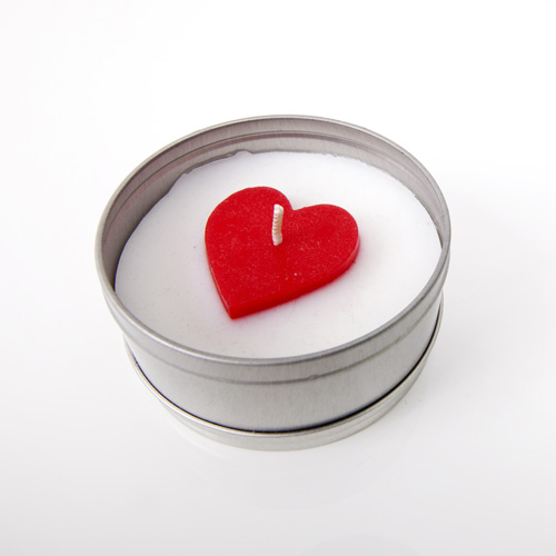 heart topper tin candle course.jpg