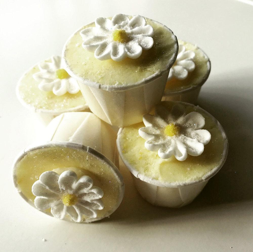 lemon drizzle bath creamers.jpg