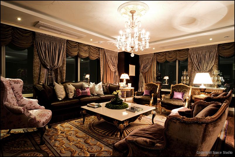 Purple Living Room.jpg