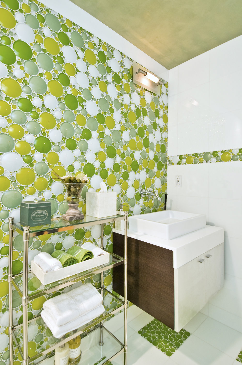 Bathroom_24.jpg