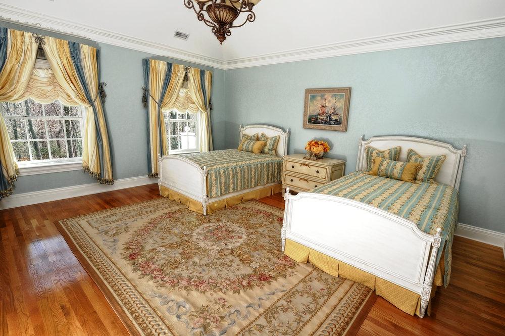 Twin Blue Bedroom.JPG