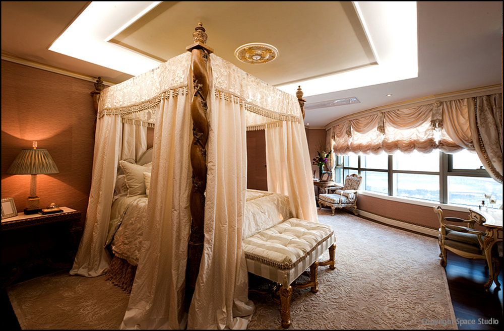 Pink Bedroom 4.jpg