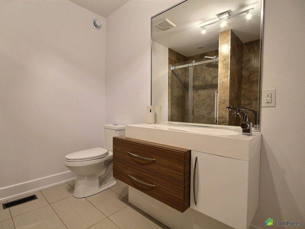 bathroom-new-home-for-sale-rockland-ontario-1600-6589208.jpg