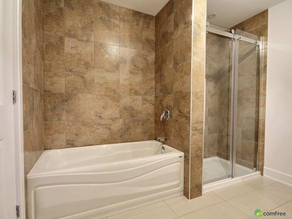 bathroom-new-home-for-sale-rockland-ontario-1600-6589207.jpg