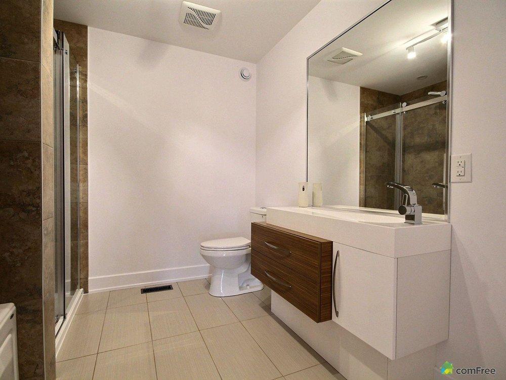 bathroom-new-home-for-sale-rockland-ontario-1600-6589221.jpg