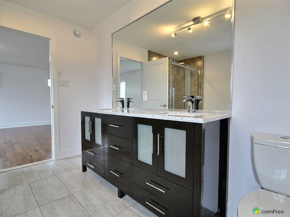 ensuite-new-home-for-sale-rockland-ontario-1600-6589211.jpg
