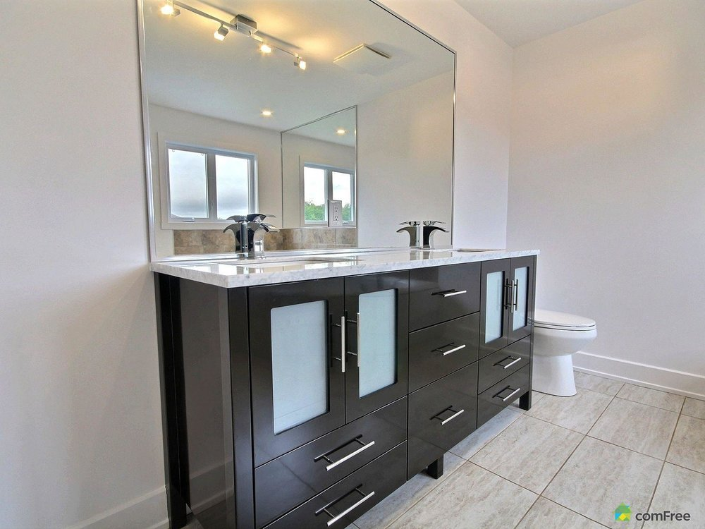 ensuite-new-home-for-sale-rockland-ontario-1600-6589219.jpg
