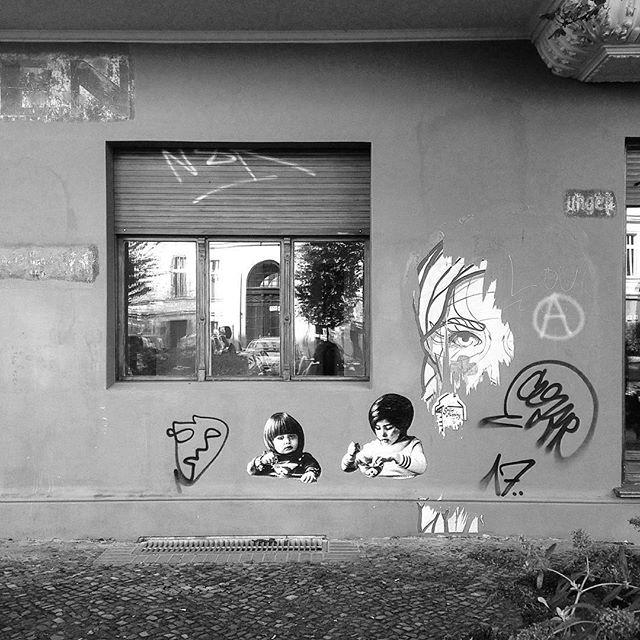 #streetart #berlin #randomness #dotwhite