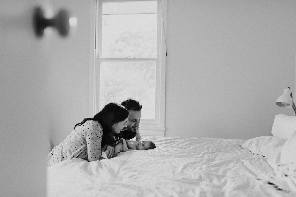 lifestyle-newborn-photographer-melbourne