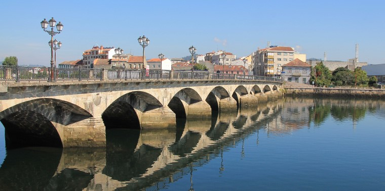 pontevedra-old-bridge-roman-and-camino-way-thegem-blog-default.jpg