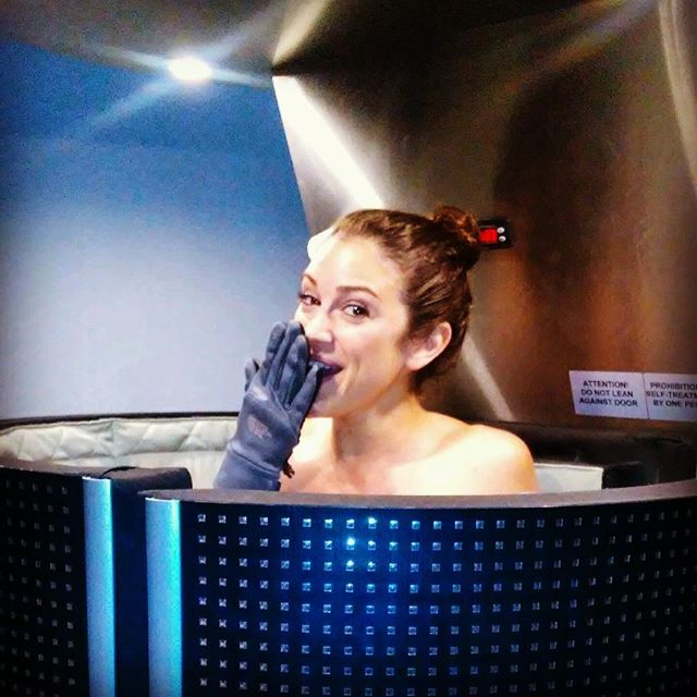 Whoops, I...got.frozen.again. #chillnout #cryotherapy #recovery #athletes #butitfeelssogood