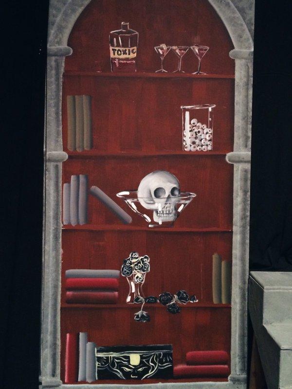 addamsfamily-bookshelf.jpg