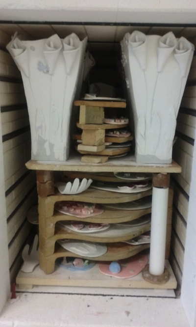 Glaze Kiln all packed and ready to be fired :-)