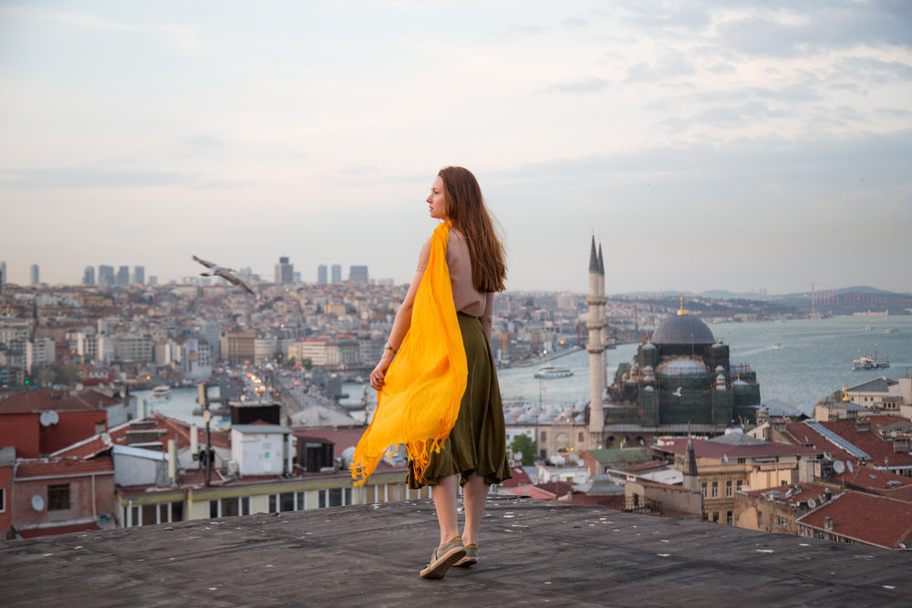On the roofs of Sultanahmet. Photo: Van Vorobei