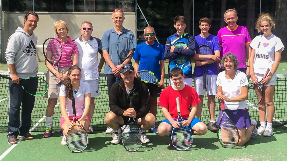 Our director Raphael during his clinics with the players from the Aboyne Tennis Club in Scotland