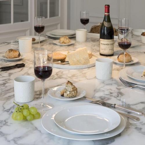 LA TABLE -