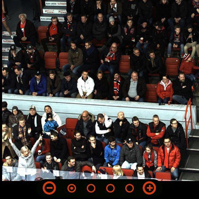 Etsi kuvasta @tpskannattajat - jännä ilta Nordiksella! #hifk #liiga #tps #fanikuva #gameface #uberclick