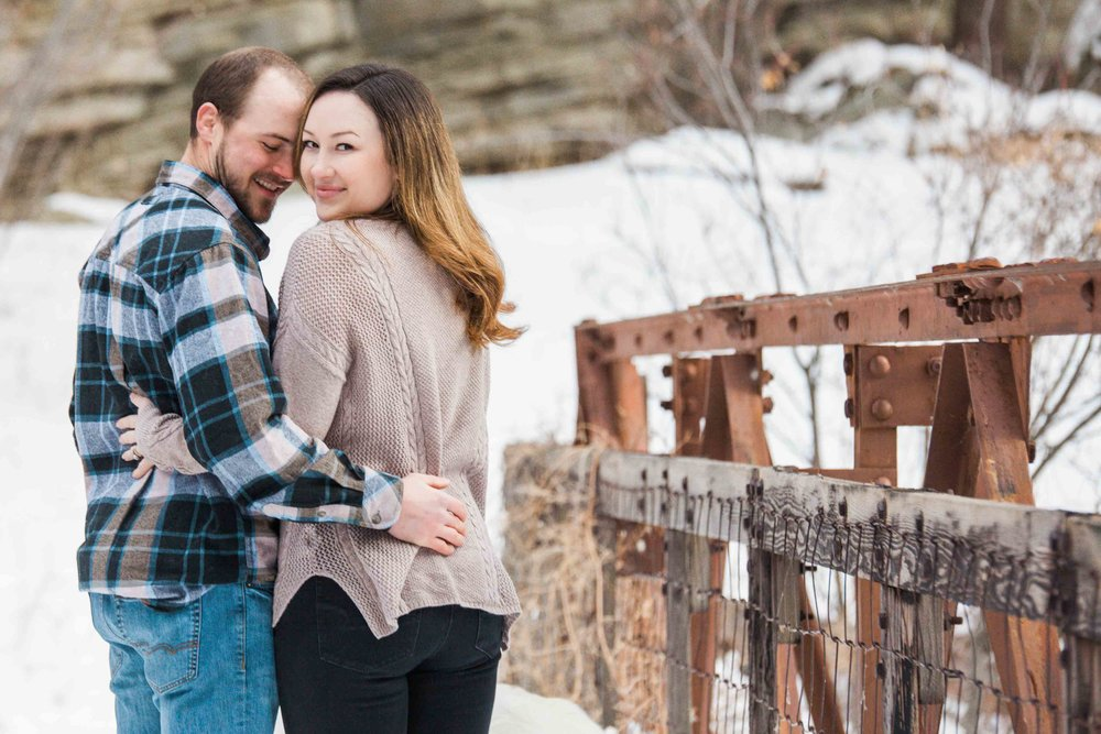 Winter Photography - Couples Session - Sheridan Wyoming