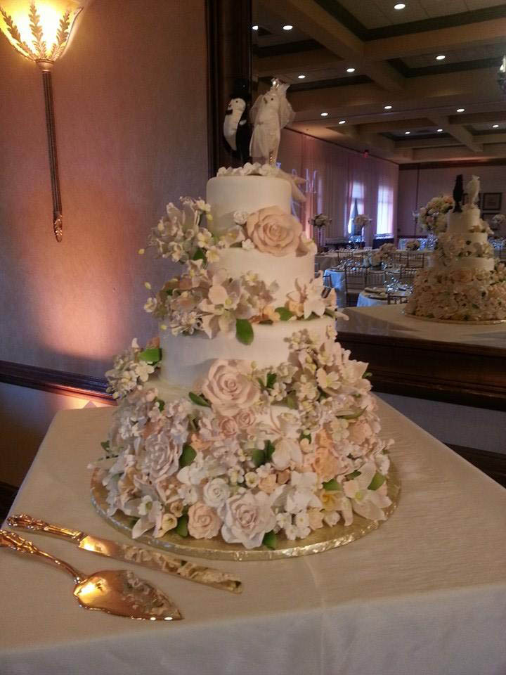 About Our Wedding Cakes Cakes Plus Laurel Maryland