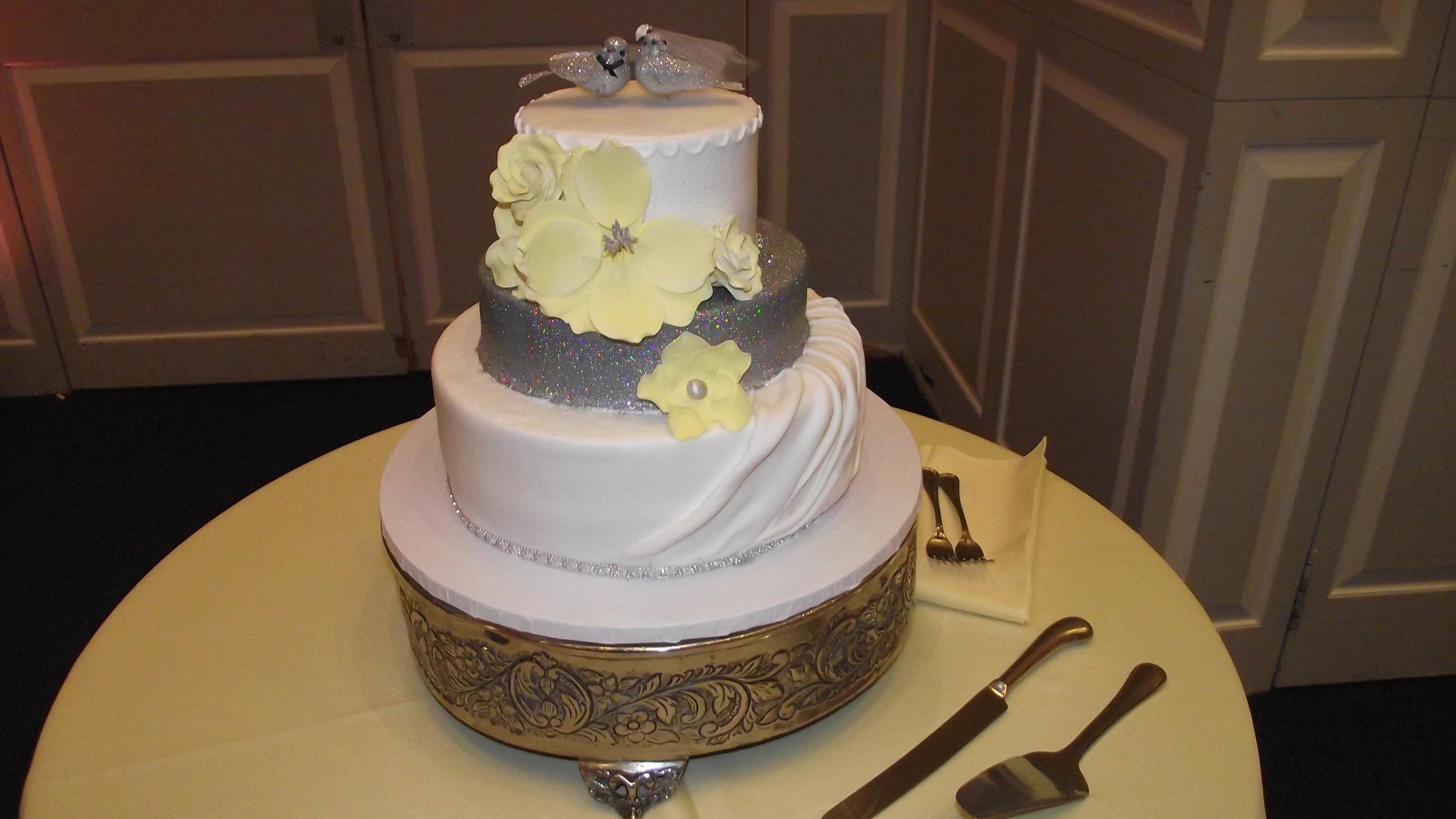 Cakes Plus Laurel Maryland Taste The Sweetness