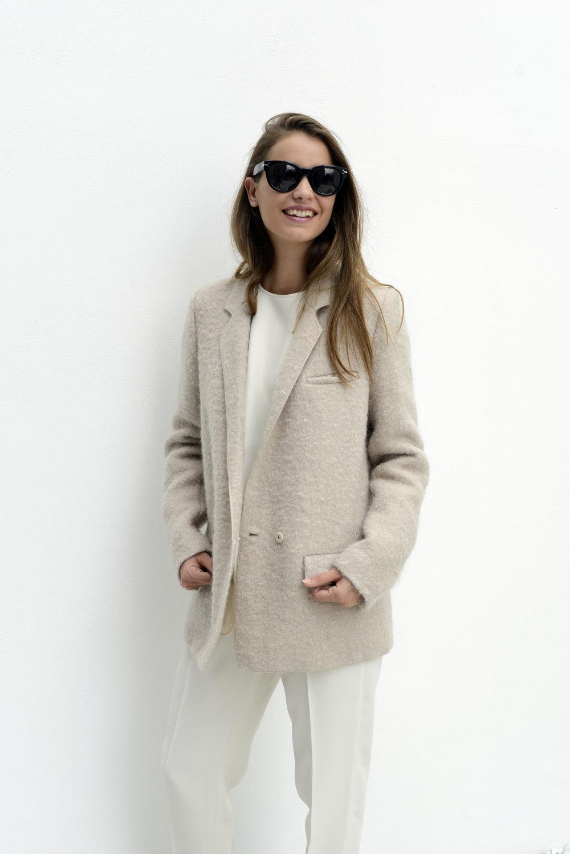 forte+forte+white+jacket_avart.jpg