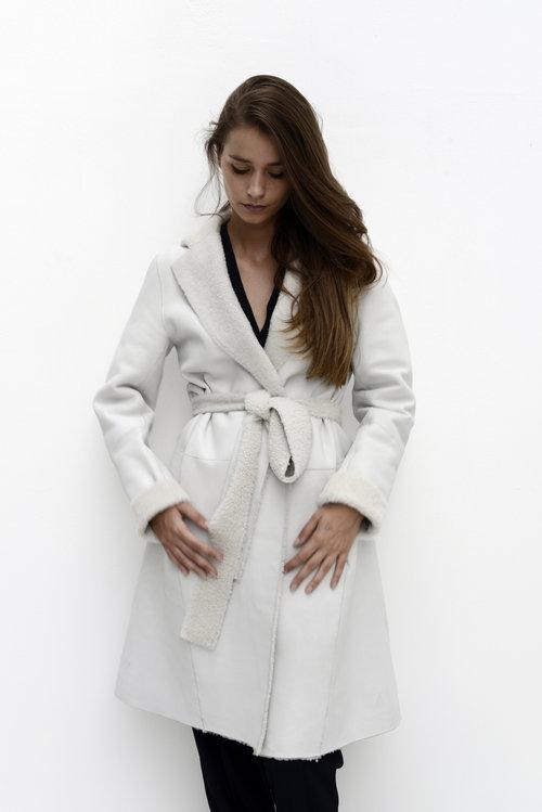 utzon+white+shearling+coat_avart.jpg