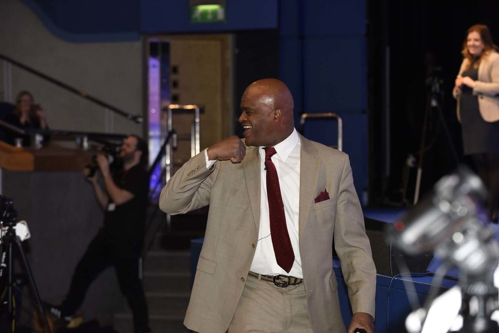 _DSC2634, Kriss Akabusi, interacting with the audience.jpg