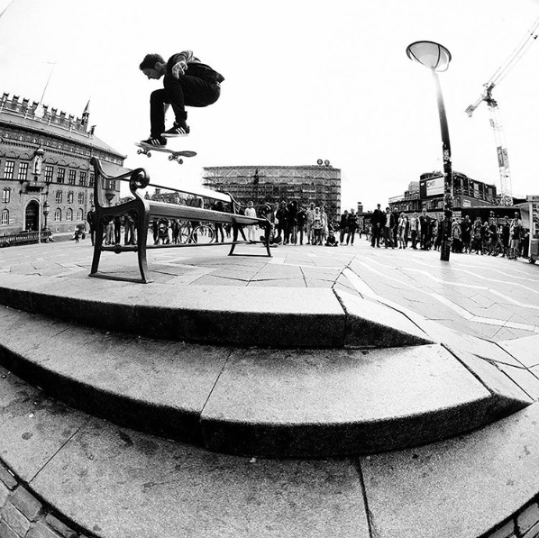 Mark Suciu - fs shuv - photo - Chami