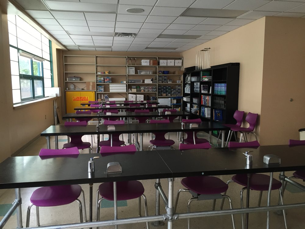 Updated Lab at the Yeshiva Girls School, where the Pittsburg JWF Fund is helping them change the culture of their school by supporting the complete renovation of their science lab and STEM curricula to ultimately promote the option of their students going to college for a STEM career.