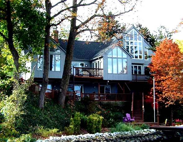 Ridgely Ave     Residence - Back