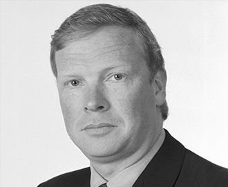 John O'Dea   Crospon Inc. CEO and Chairman of Crospon. 24 years of experience in the medical device industry. Co-founder of Caradyne. Prior to Crospon he served as General Manager of Respironics Ireland.