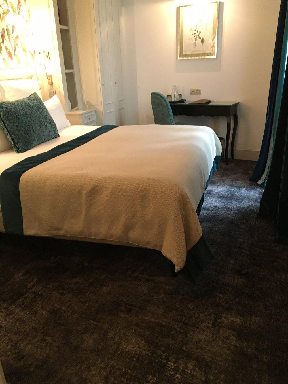 hotel-monge