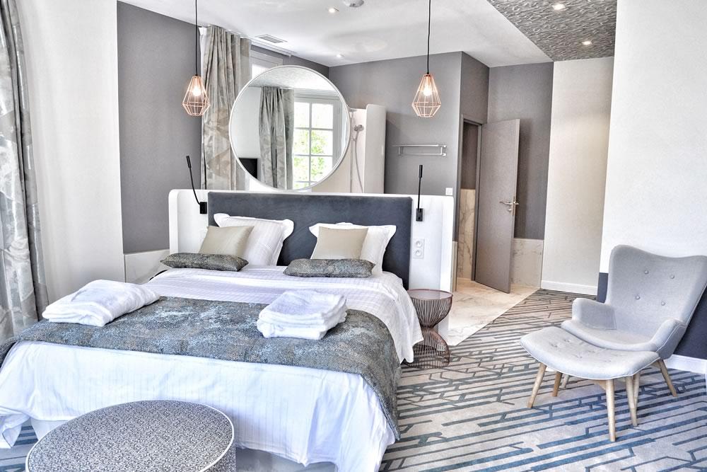 Hôtel 4* Le Saint Gelais —  Angoûleme     Dessin   sur mesure 100% PA 6.6