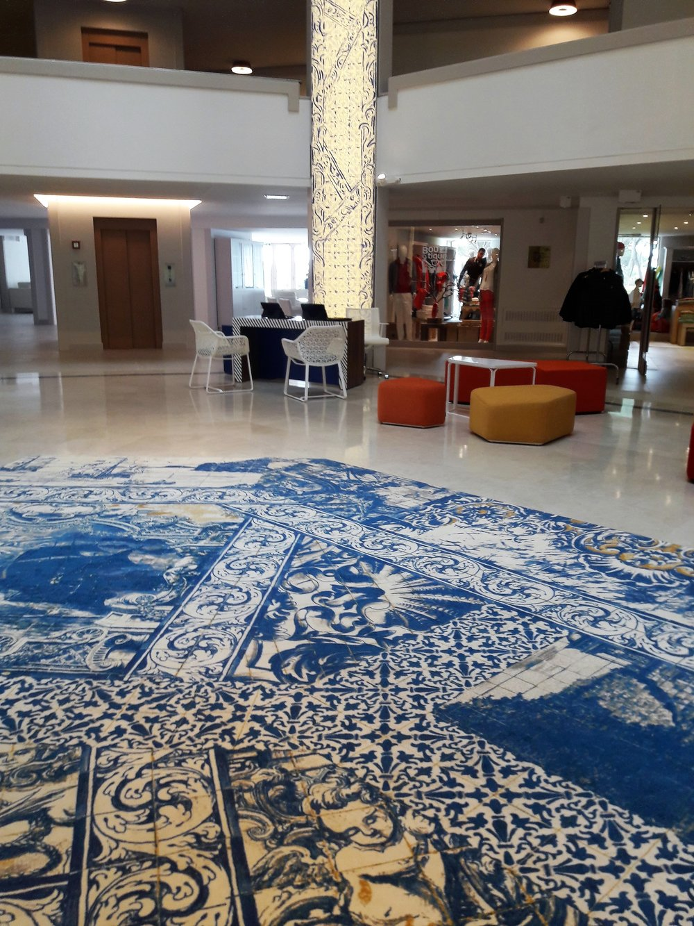 Club Med Da Balaia_injection d'encre_imitation Azulejos_design Agence Prost_322.jpg