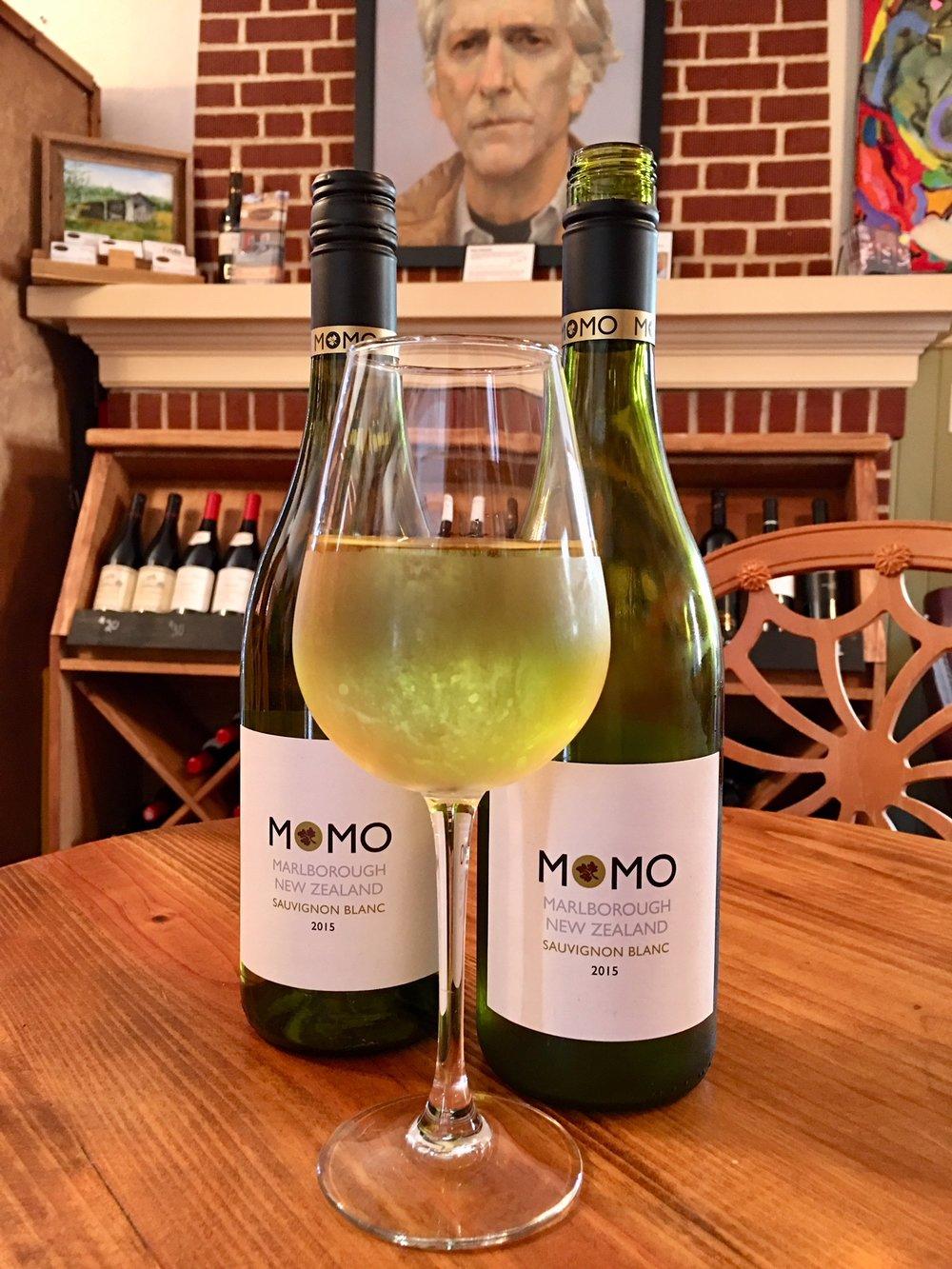 Momo New Zealand Sauvignon Blanc.jpg