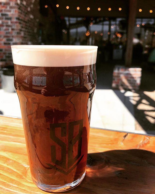 Mulvaney's Irish Red, you make us wish St. Paddy's Day lasted all year long...⠀ .⠀ .⠀ .⠀ #BuiltToBrew #losranchosbrew #instabeer #beerstagram #brewery #brewerylife #abqbeer #losranchos #steelbenderbrewyard #nmbeer #craftbeer #nmdarksidebrewcrew #nmbrewersguild #newmexico #drinklocal