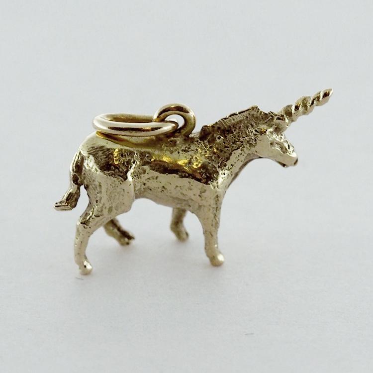 <b>Unicorn Charm</b><br>$514<br>14K Yellow Gold