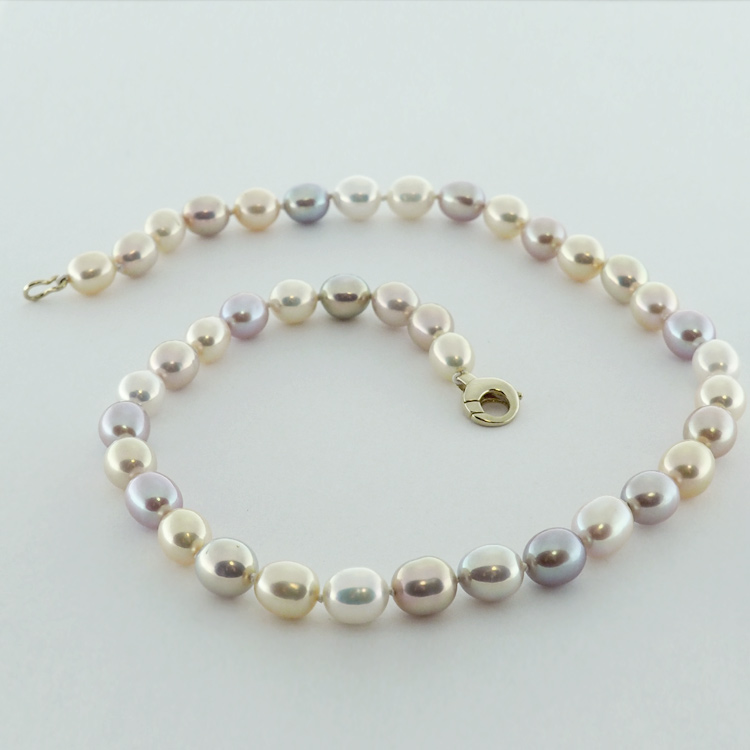 <b>Oval Natural</b><br>$736<br>Natural Multicolour<br>Fresh Water Pearls<br>8.5mm by 10mm