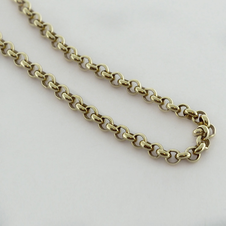 "<b>Rollo Chain</b><br>$593<br>14K Yellow Gold,<BR> 18"", 3mm Links"